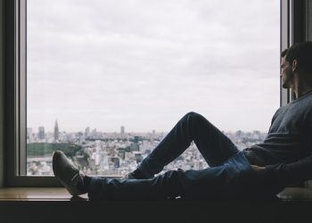 How to cope with the challenges of moving abroad for work